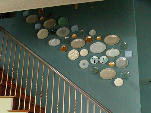 decorative plate wall in stairway