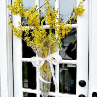 wreath alternative front door decor--umbrella vase from eclectically vintage