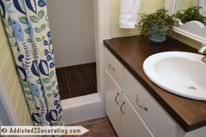 Tiny condo bathroom makeover