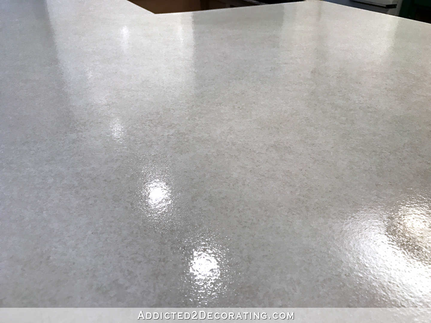 refinishing concrete countertops - 41 - finished counteretop with the clear coat polyurea sealer - peninsula close up