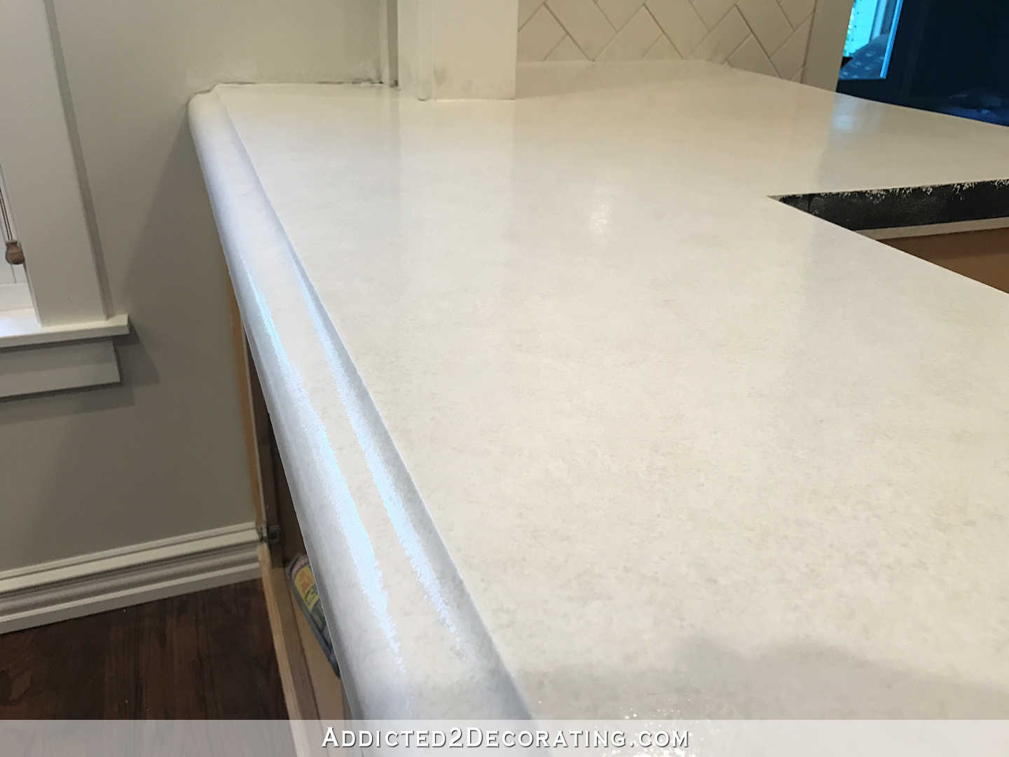 refinishing concrete countertops - 43 - finished counteretop with the clear coat polyurea sealer - peninsula close up