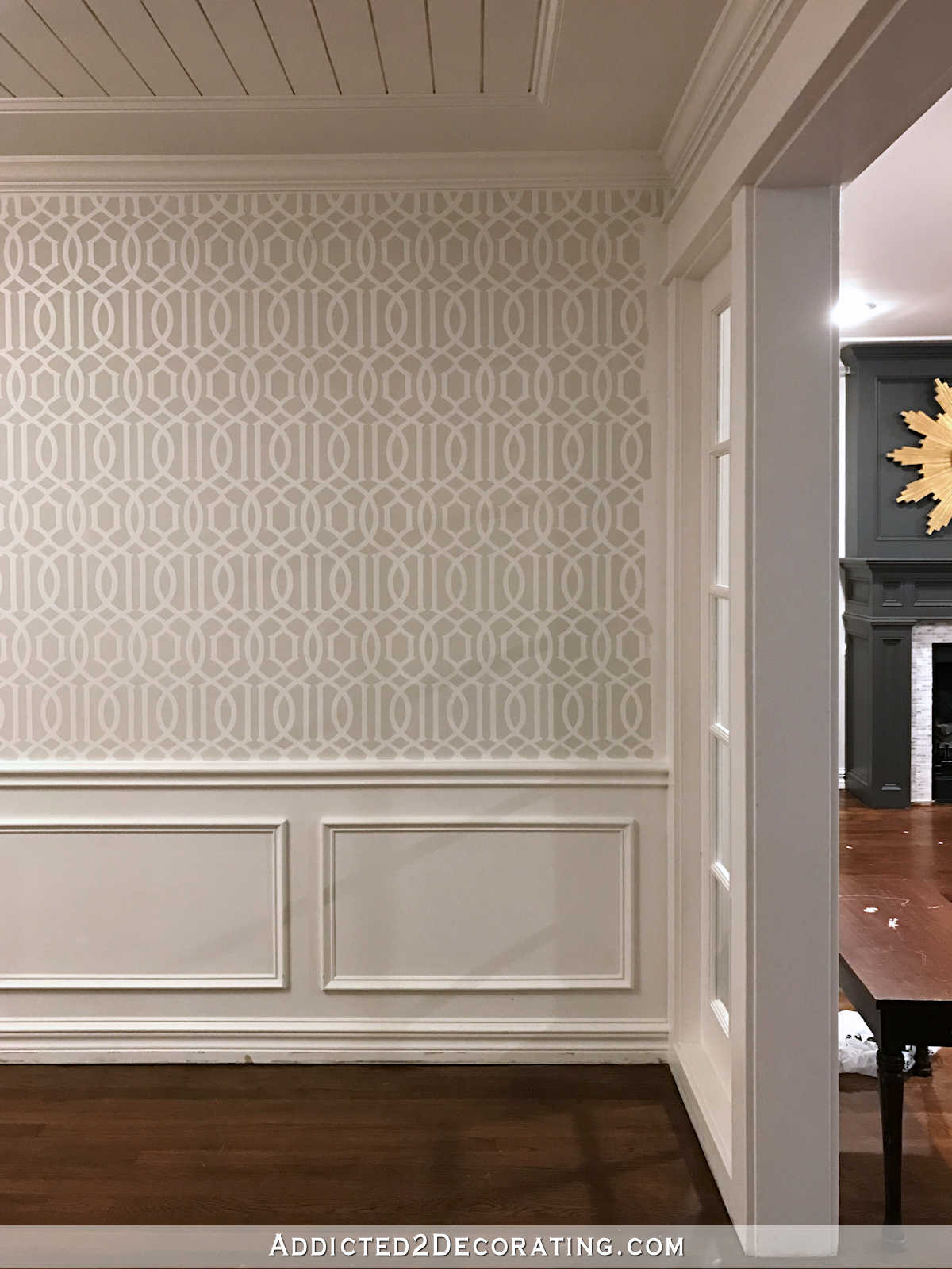 stenciled trellis design on walls in music room - 5